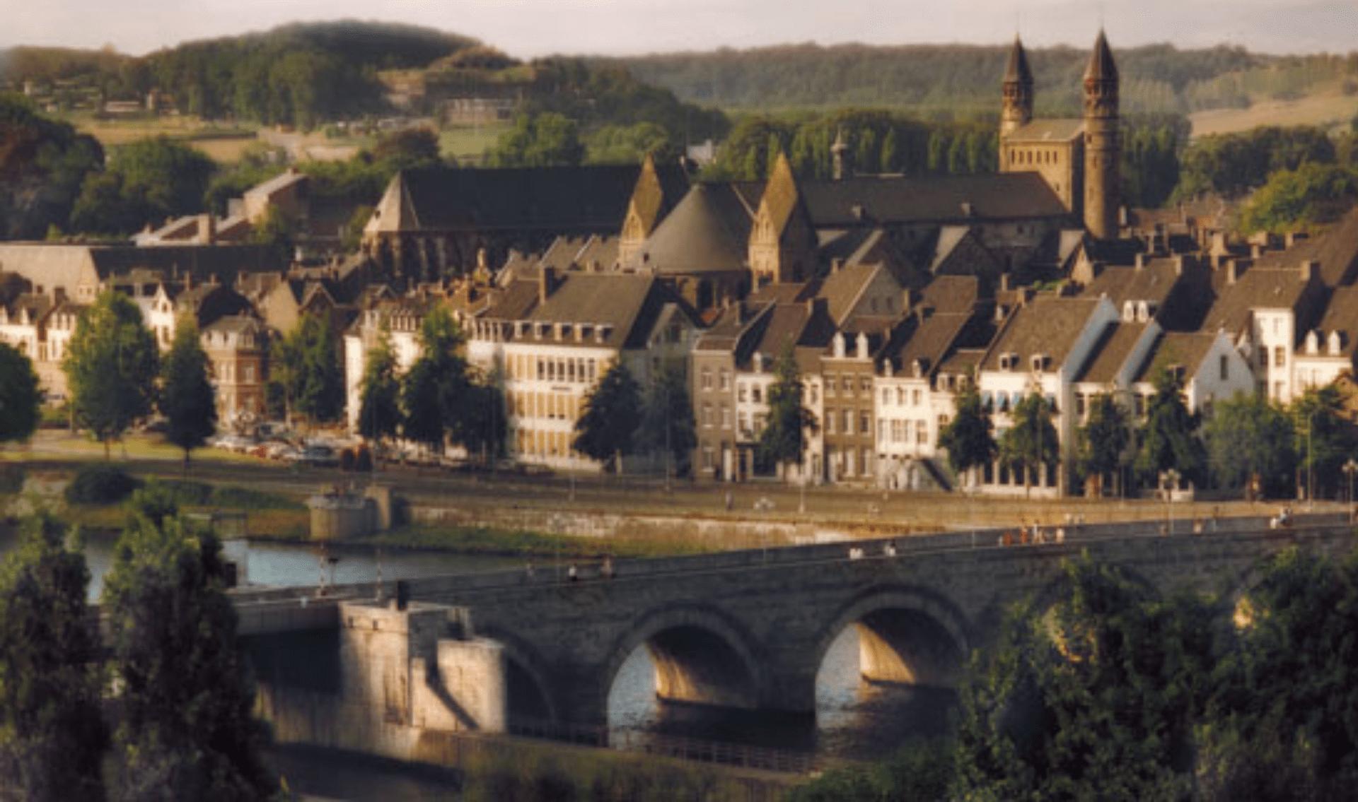 Fietsvakantie Internationale Maasroute van Maastricht naar Sedan