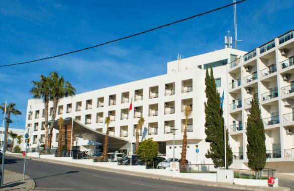 Hotel Maria Nova Lounge - Tavira boekt u bij Fitál Vakanties