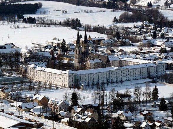 stift Admont winter