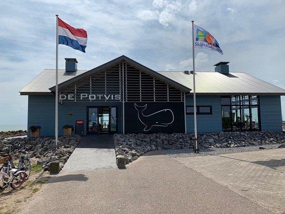 Buitenzijde restaurant De Potvis