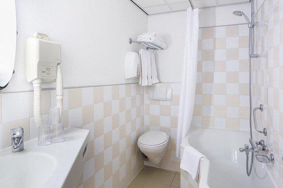 Badhotel Scheveningen badkamer