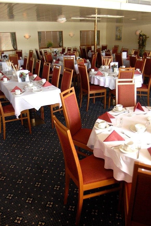 ms esmeralda restaurant