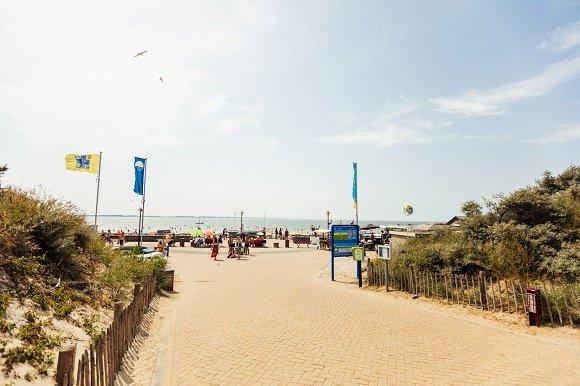 Badhotel Rockanje opgang naar het strand