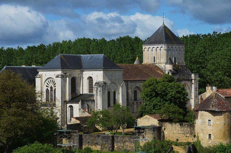 Vergezicht slot-kerk