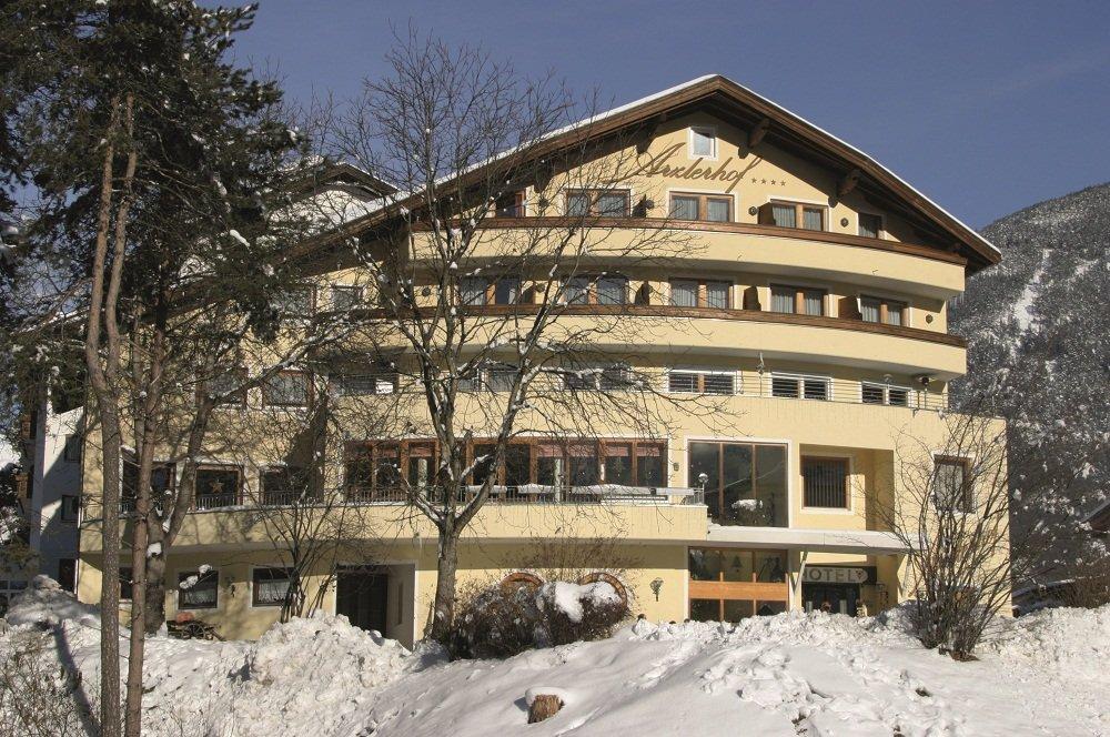 hotel in sneeuw