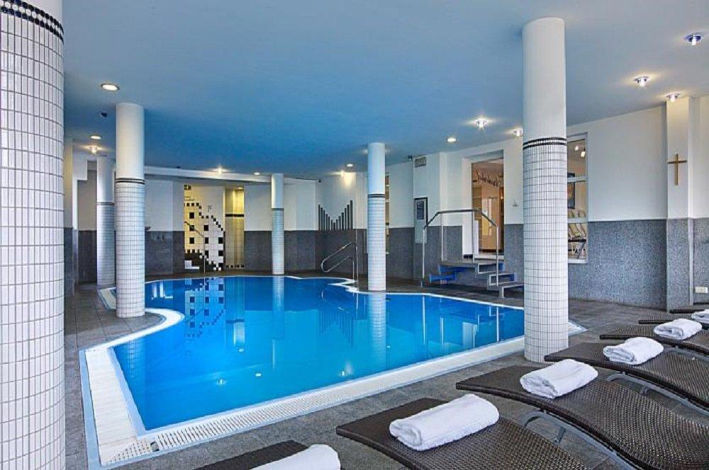 Foto zwembad in Arzlerhof