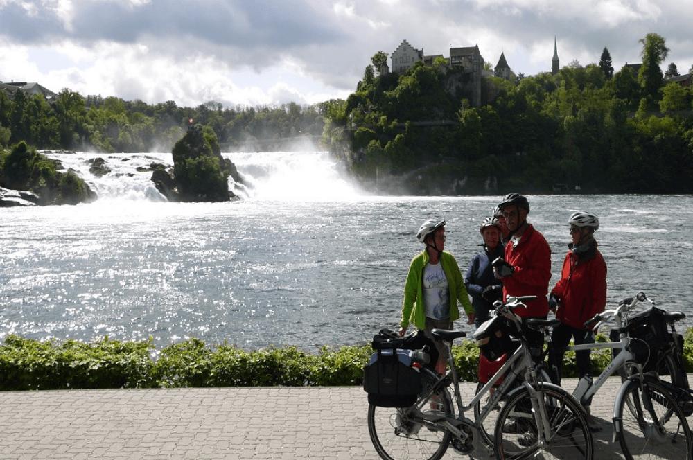 Onbegrensd Fietsen naar Rome - watervallen van Schafhausen|Fitál Vakanties