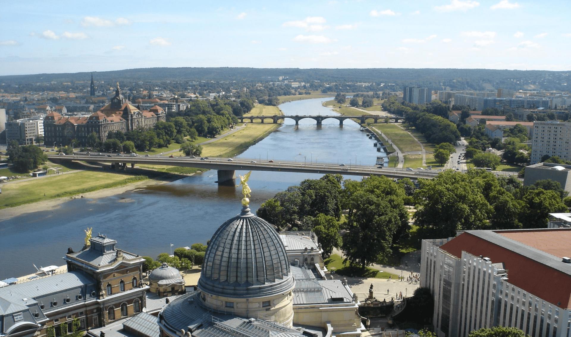 Fietsvakantie Elberadweg met 2 nachten in Dresden (hotel naar hotel)