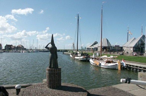 Tijdens de Fietscruise Noord Holland en Texel komt u langs Hoorn, Medemblik en het prachtige Waddeneiland Texel