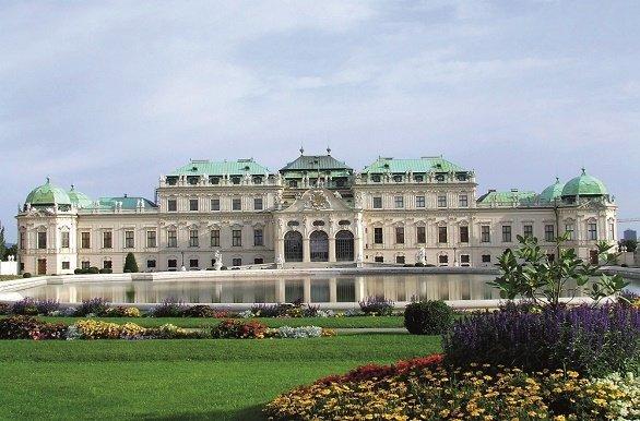 Slot Belvedere met tuin