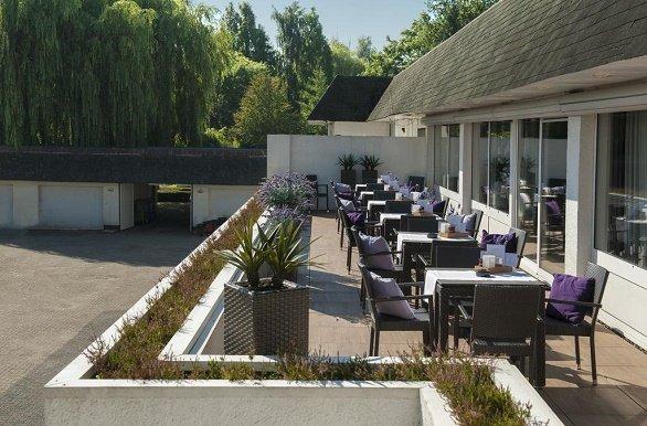 Hotel van der Valk Vught terras