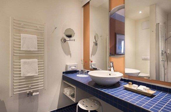 Hotel Maritim Rheinsberg badkamer