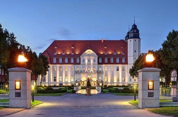 Radisson Blue Schlosshotel Fleesensee buitenzijde