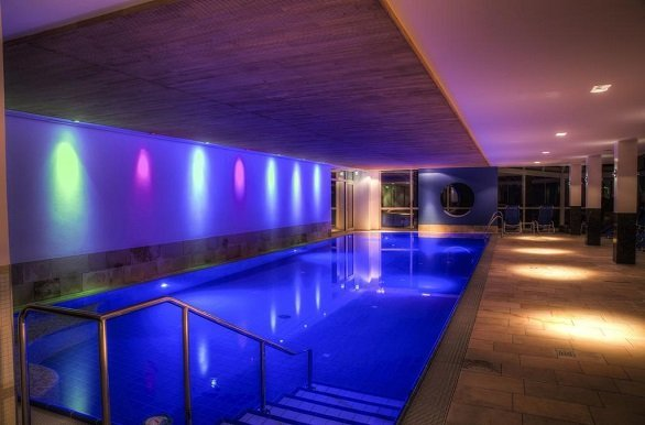 Hotel Grossfeld binnen zwembad