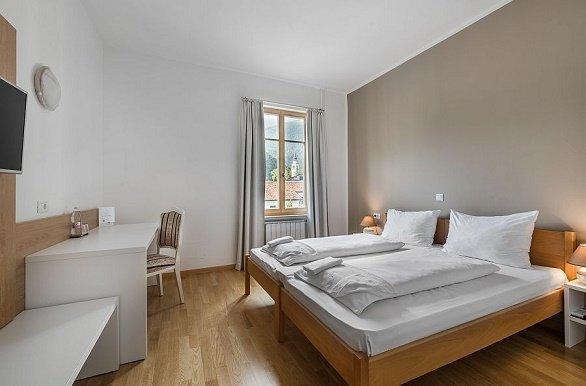 Hotel Dovorec kamer wandelvakantie Slovenië