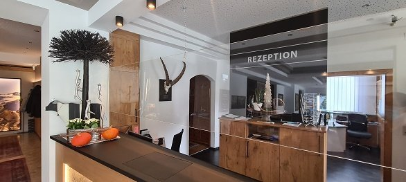 Hotel Arzlerhof receptie